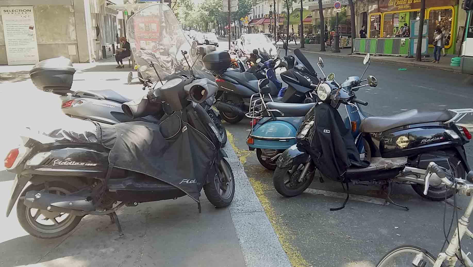 Stationnement 2 roues Paris