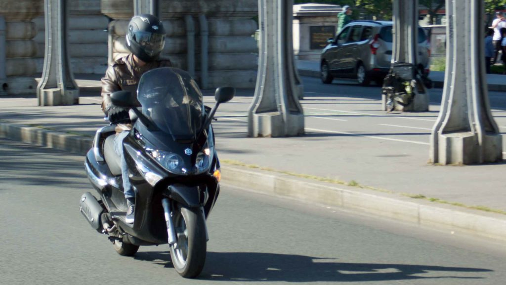 Piaggio X évo 125, location scooter