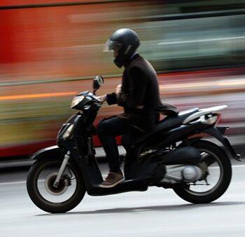 Le scooter pendant les grèves