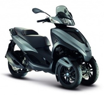 location scooter paris Piaggio Mp3 Yourban